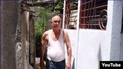 Roberto Jesús Quiñones Haces, en su vivienda de Guantánamo. (Captura de video/ADN Cuba)
