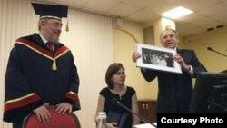 Fidel Castro Díaz-Balart en la Universidad de Voronezh, Rusia.