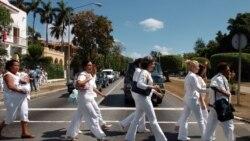 Más de 85 Damas de Blanco marcharon por la Quinta Avenida