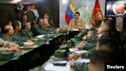 Nicolás Maduro en una reunión con militares el 3 de junio de 2019.