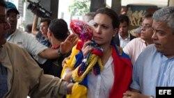 OPOSITORA VENEZOLANA DICE QUE CONFABULACIÓN DE PODERES NO LA HACE MENOS DIPUTADA