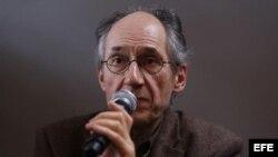 """Gerard Biard, nuevo redactor jefe del semanario satírico francés """"Charlie Hebdo"""""""