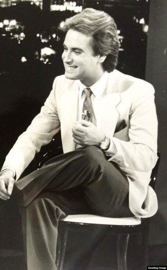 Evelio Taillacq ya en Estados Unidos como conductor de espacios de la televisión.