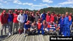 Equipo cubano Sub-18 que juega en Québec, Canadá.