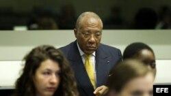 Charles Taylor escucha el veredicto del tribunal