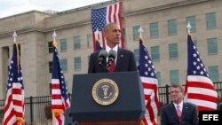 Barack Obama habla en el Pentágono, en la ceremonia por el aniversario 15 de los ataques terroristas del 9/11.