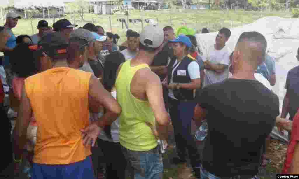 Representantes de la Defensoría del Pueblo realizan reuniones periódicas con autoridades competentes sobre el caso de los migrantes cubanos varados en Darién.