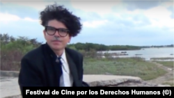 Gorki Aguila, rockero cubano de Porno para Ricardo