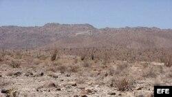 MIA52 - 24/04/03 - (ARCHIVO) FRONTERA MEXICO/EEUU.