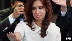 Critican adoctrinamiento político en escuelas de Argentina