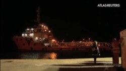 Llegada de una nueva embarcación con un centenar de inmigrantes sirio
