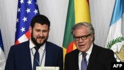 David Smolansky, Comisionado de la OEA y Luis Almagro, Secretario General, en la presentación de informe sobre refugiados venezolanos