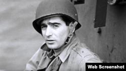 Robert Capa, considerado el mejor fotógrafo de guerra de todos los tiempos