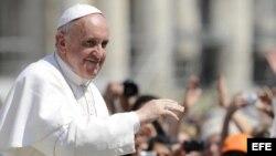 El papa Francisco, en la plaza de San Pedro, en el Vaticano (foto de archivo)