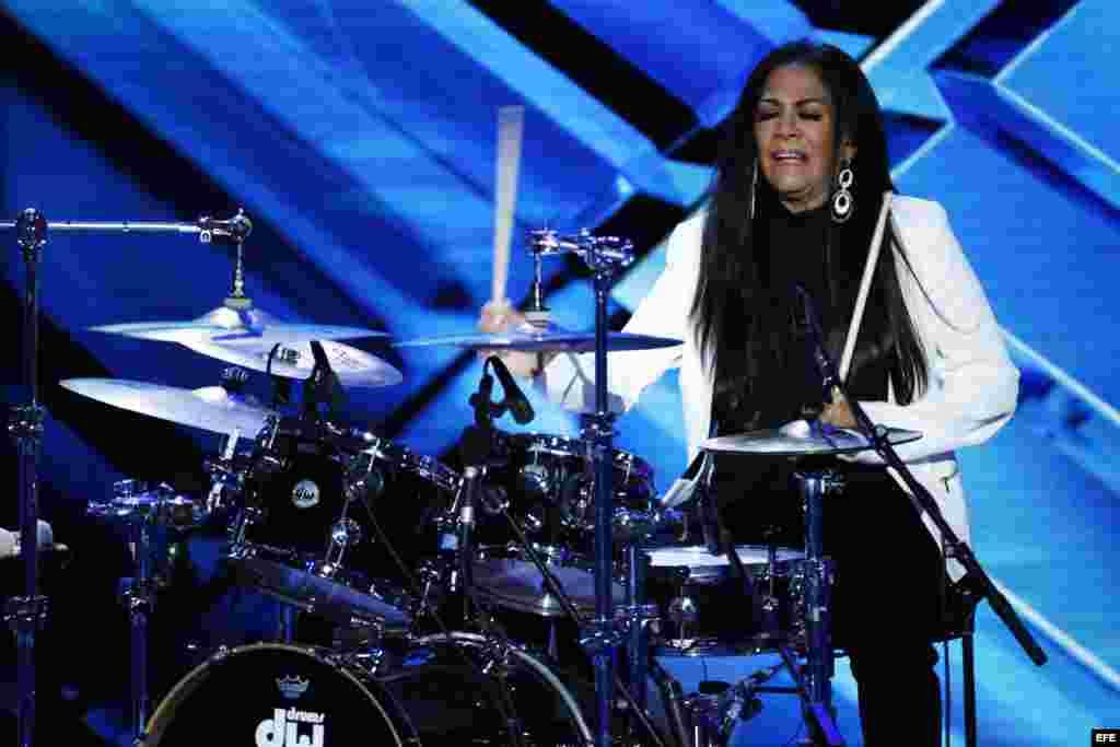 La música estadounidense Sheila E. se presenta en el último día de la Convención Nacional Demócrata (DNC)