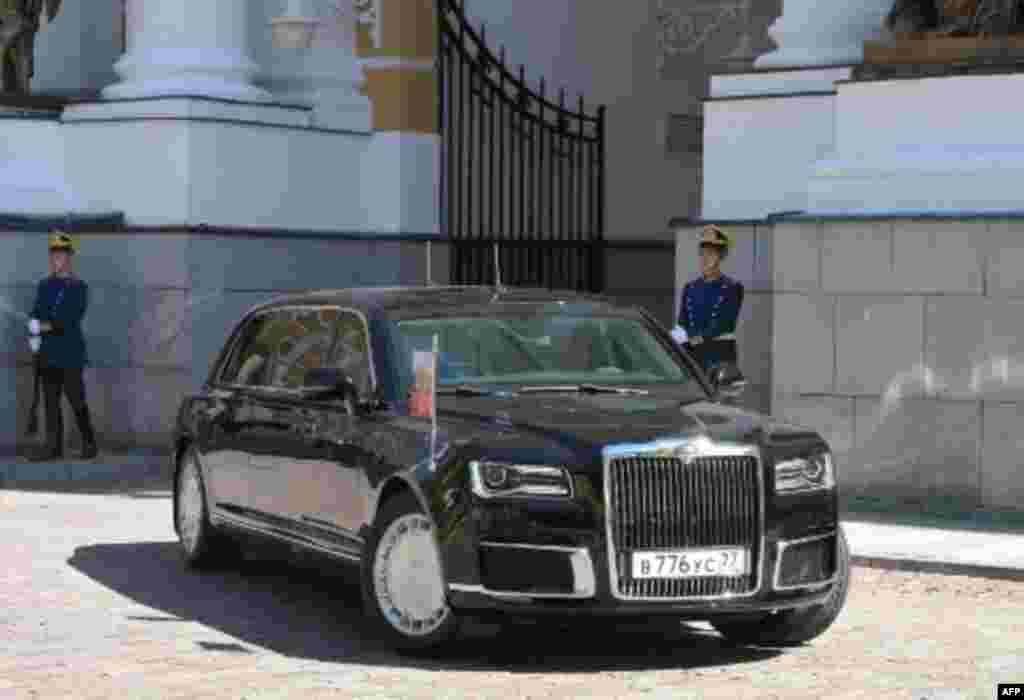 Auto de Putin estrenado el 7 de mayo 2018.