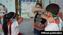 Las precauciones que deben tomar los estudiantes para prevenir el COVID-19, en una imagen del Periódico 26, de Las Tunas.