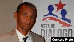 José Rolando Casares Soto, preso político cubano, miembro de la Mesa de Diálogo de la Juventud Cubana.
