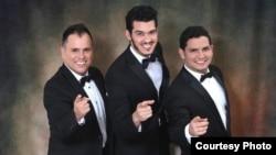The Latin Divos: Will Corujo, Ernesto Cabrera y Fernando González. (Foto cortesía The Latin Divos)