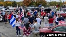 Son muchos los cubanos en Kentucky que respaldan a Donald Trump. Imagen tomada del diario, El Kentubano.