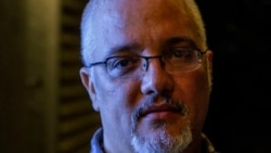 1800 Online con el historiador, escritor y bloguero cubano Enrique del Risco