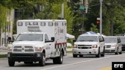 Médico estadounidense infectado con el ébola transportado a un hospital de Atlanta