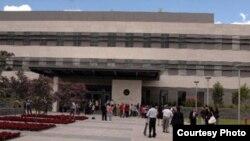 El gobierno de Rafael Correa ordenó la salida del país de 20 oficiales militares de EEUU adscritos a la Embajada en Ecuador..