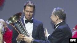 Premio de la FIA al corredor Sebastian Vettel.