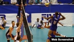 Cuba vs EEUU en voleibol masculino, en La Habana.