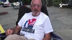 Info Martí   Representante de la ONU escucha a Nacho Rocha, en su petición de ayuda al pueblo cubano