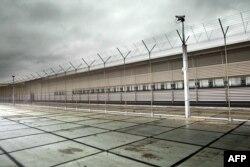 El Centro de Detención de Schiphol, Amsterdan, Holanda