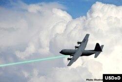 El nuevo cañón láser permite misiones ofensivas de alta precisión.