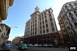 Edificio Bacardí, uno de los exponentes del Art Deco en la capital cubana.