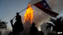 Iglesia de la Asunción quemada en Chile
