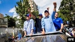 Campaña de la oposición previa a comicios municipales en Venezuela