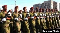 Avispas Negras durante un desfile militar