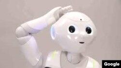 El androide es capaz de almacenar recuerdos por un periodo de 20 años.