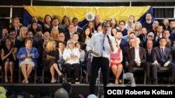 El presidente encargado de Venezuela Juan Guaidó habla en Miami, el 1ro. de febrero del 2020. (Foto Roberto Koltún)