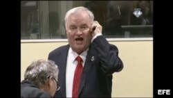 Ratko Mladic durante su juicio en La Haya, Holanda.