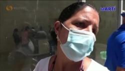 "Cubanos se arman con ""nasobucos"" para enfrentarse a largas colas"