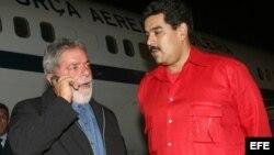 """Foto Archivo. 15 de enero de 2009, Luiz Inacio Lula Da Silva y Nicolás Maduro en """"La Chinita"""" de Maracaibo."""