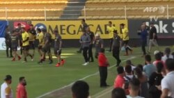Maradona dirige su primer entrenamiento con los Dorados de Sinaloa