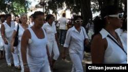 foto @ivanlibre Damas de Blanco Matanzas 13 de julio antes de la detención