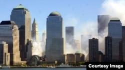 Vista del bajo Manhattan, después del atentado a las Torres Gemelas.