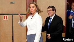 Federica Mogherini y Bruno Rodríguez en Bélgica el 15 de mayo de 2018. REUTERS/Francois Lenoir