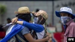 Autoconvocados se manifiestan en Nicaragua a pesar de acecho policial.