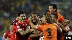 El equipo chileno celebrando la victoria