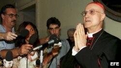 El secretario de Estado Vaticano, Tarcisio Bertone.