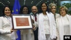 Damas de Blanco felicitan a la oposición venezolana por el Sájarov