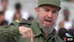 Fidel Castro, en 2003 durante el discurso con motivo del Primero de Mayo.